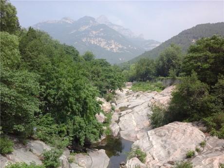 泰山天外村石峡园图片