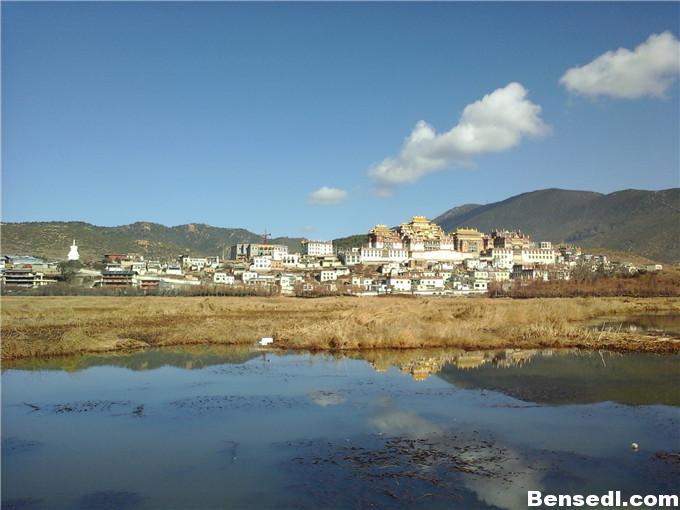 香格里拉松赞林寺图片3