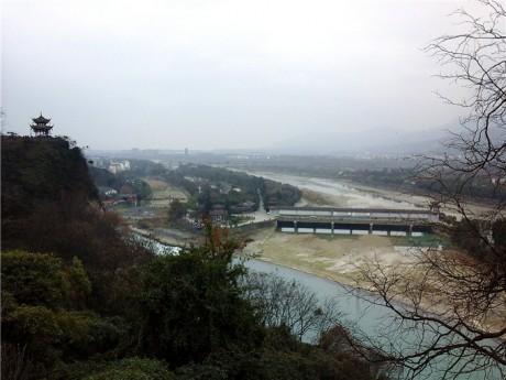都江堰飞沙堰图片