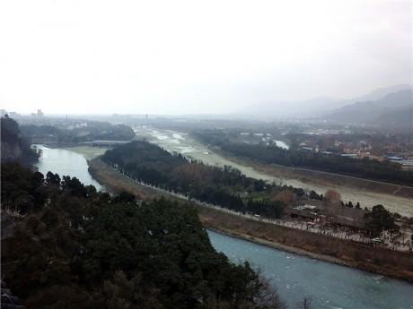 都江堰金刚堤图片