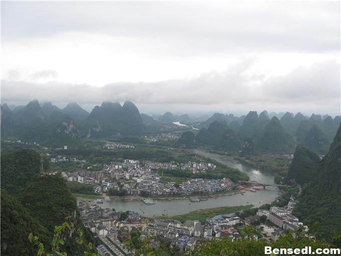 阳朔县城全景图片2