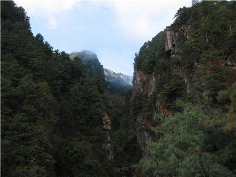 大理点苍山清碧溪张裂谷图片